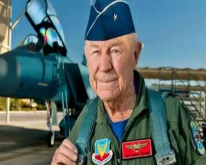 Famous World War II Pilot Chuck Yeager Is No More